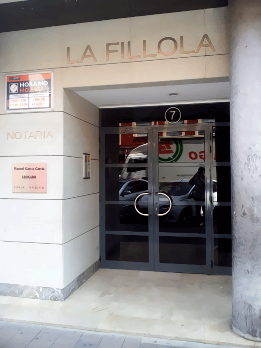 Palop galerota viviendas y servicios for Alquiler oficina torrent